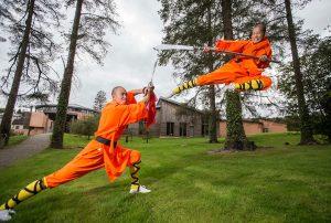monks-knives