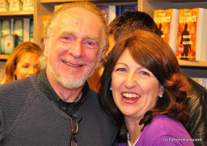 The amazing artist Jim Fitzpatrick at the launch of What Women Know in Dubray Books in 2010
